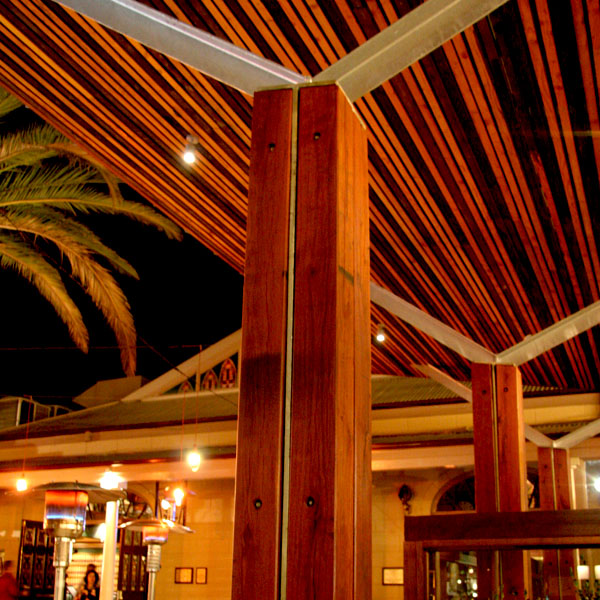 Ironbark Posts - The Mean Fiddler Hotel